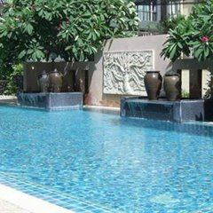 Crown Pattaya Beach Hotel бассейн фото 3