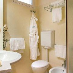 Отель Kursaal Римини ванная