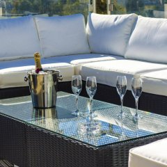 Отель Paramount Bay Penthouse Бирзеббуджа бассейн