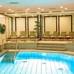 Dorint Hotel Dresden бассейн