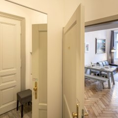 Апартаменты Old Town - Skorepka Apartments комната для гостей фото 4