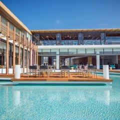 Отель Stella Island Luxury resort & Spa - Adults Only Греция, Херсониссос - отзывы, цены и фото номеров - забронировать отель Stella Island Luxury resort & Spa - Adults Only онлайн бассейн фото 2