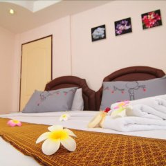 Bed by Tha-Pra Hotel and Apartment в номере