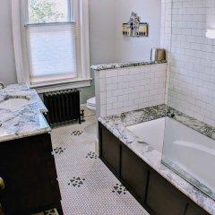 Отель 140 12th ST SE House 3 Bedrooms 2.5 Bathrooms Apts США, Вашингтон - отзывы, цены и фото номеров - забронировать отель 140 12th ST SE House 3 Bedrooms 2.5 Bathrooms Apts онлайн фото 4