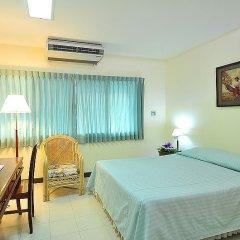 Отель Bangkok Christian Guesthouse Бангкок комната для гостей