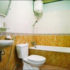 Отель Family Hotel Вьетнам, Хойан - отзывы, цены и фото номеров - забронировать отель Family Hotel онлайн ванная