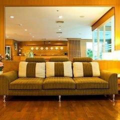 Отель The Laurel Suite Apartment Таиланд, Бангкок - отзывы, цены и фото номеров - забронировать отель The Laurel Suite Apartment онлайн гостиничный бар