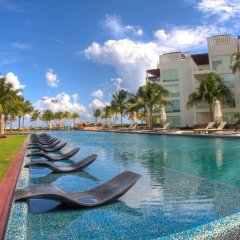 The Elements Oceanfront & Beachside Condo Hotel Плая-дель-Кармен с домашними животными