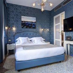 Отель GKK Exclusive Private Suites Venezia сейф в номере