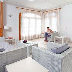Отель Apartamentos Mar Blanca комната для гостей