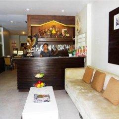 Отель PK Mansion Таиланд, Пхукет - отзывы, цены и фото номеров - забронировать отель PK Mansion онлайн гостиничный бар