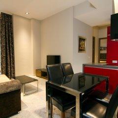 Отель Apartamentos CITIZENTRAL Juristas комната для гостей