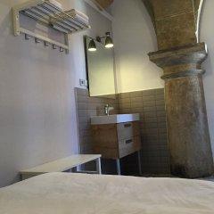 Отель Bcn Home Guest House Испания, Барселона - отзывы, цены и фото номеров - забронировать отель Bcn Home Guest House онлайн ванная