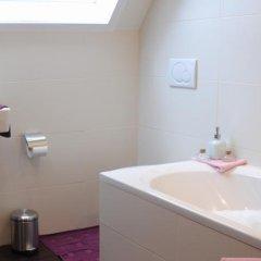 Отель B&B Villa De Loof 1901 ванная