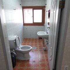 Отель Empathy Guesthouse - Hostel Южная Корея, Тэгу - отзывы, цены и фото номеров - забронировать отель Empathy Guesthouse - Hostel онлайн ванная