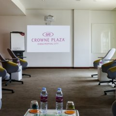 Отель Crowne Plaza Festival City фитнесс-зал фото 4