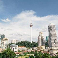 Отель Prescott Hotel KL Medan Tuanku Малайзия, Куала-Лумпур - 1 отзыв об отеле, цены и фото номеров - забронировать отель Prescott Hotel KL Medan Tuanku онлайн балкон