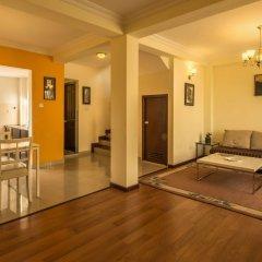 Отель Swayambhu Hotels & Apartments - Ramkot Непал, Катманду - отзывы, цены и фото номеров - забронировать отель Swayambhu Hotels & Apartments - Ramkot онлайн интерьер отеля фото 3