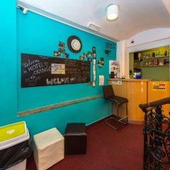 Hostel Orange гостиничный бар