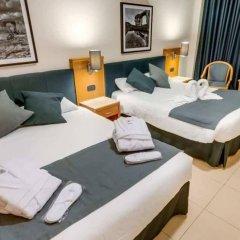 Отель Cavalieri Art Hotel Мальта, Сан Джулианс - 11 отзывов об отеле, цены и фото номеров - забронировать отель Cavalieri Art Hotel онлайн комната для гостей фото 2