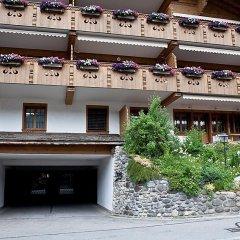 Отель Drive - Three Bedroom Швейцария, Гштад - отзывы, цены и фото номеров - забронировать отель Drive - Three Bedroom онлайн парковка