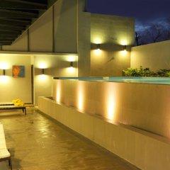 Отель GLOW Penang Малайзия, Пенанг - 1 отзыв об отеле, цены и фото номеров - забронировать отель GLOW Penang онлайн бассейн фото 2