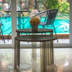 Отель Atlantis Condo гостиничный бар