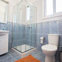 Отель Shaye Frontline Villa Кипр, Протарас - отзывы, цены и фото номеров - забронировать отель Shaye Frontline Villa онлайн ванная
