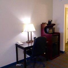 Отель Comfort Suites Tulare удобства в номере фото 2