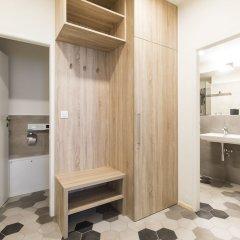 Апартаменты Best Place Apartments сейф в номере
