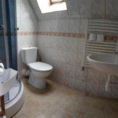 Отель Willa 3 Swierki Закопане ванная