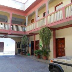 Hotel Marbella Копан-Руинас парковка