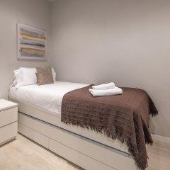 Отель You Stylish Eixample Dreta 10 Барселона комната для гостей