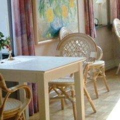 Отель Casa Corner Bed & Breakfast Дания, Алборг - отзывы, цены и фото номеров - забронировать отель Casa Corner Bed & Breakfast онлайн питание фото 3