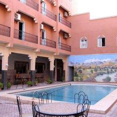 Отель Zaghro Марокко, Уарзазат - отзывы, цены и фото номеров - забронировать отель Zaghro онлайн бассейн фото 2