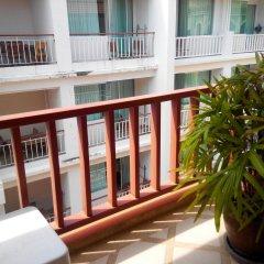 Orange Hotel балкон