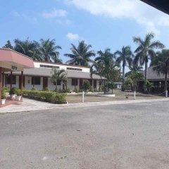 Отель The Friendly North Inn Фиджи, Лабаса - отзывы, цены и фото номеров - забронировать отель The Friendly North Inn онлайн пляж