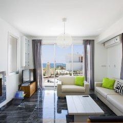 Отель Paradise Cove Luxurious Beach Villas Кипр, Пафос - отзывы, цены и фото номеров - забронировать отель Paradise Cove Luxurious Beach Villas онлайн комната для гостей фото 7