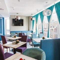 Гостиница Raziotel Kyiv Yamska гостиничный бар