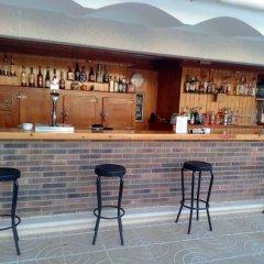 Отель Hostal Lleida гостиничный бар фото 2