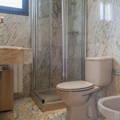 Отель Apartamento Pasaje Sevilla Испания, Мадрид - отзывы, цены и фото номеров - забронировать отель Apartamento Pasaje Sevilla онлайн ванная