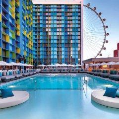 Отель The LINQ Hotel & Casino США, Лас-Вегас - 9 отзывов об отеле, цены и фото номеров - забронировать отель The LINQ Hotel & Casino онлайн бассейн фото 2