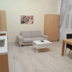 Апартаменты Apartments Verona Karlovy Vary комната для гостей фото 4