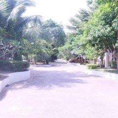 Отель Mandawee Resort & Spa парковка