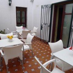 Отель Hostel Conil Испания, Кониль-де-ла-Фронтера - отзывы, цены и фото номеров - забронировать отель Hostel Conil онлайн балкон