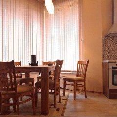 Отель Rodopi Houses Болгария, Чепеларе - отзывы, цены и фото номеров - забронировать отель Rodopi Houses онлайн в номере