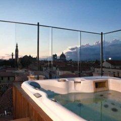 Hotel Home Florence бассейн