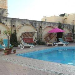 Imperial Hotel Слима бассейн фото 3