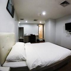 Отель Vplace Silom Бангкок комната для гостей фото 2