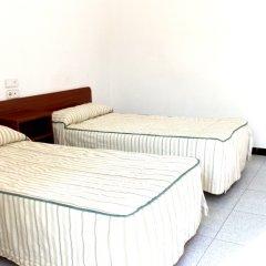 Отель Hostal Bonavista Испания, Бланес - 1 отзыв об отеле, цены и фото номеров - забронировать отель Hostal Bonavista онлайн комната для гостей
